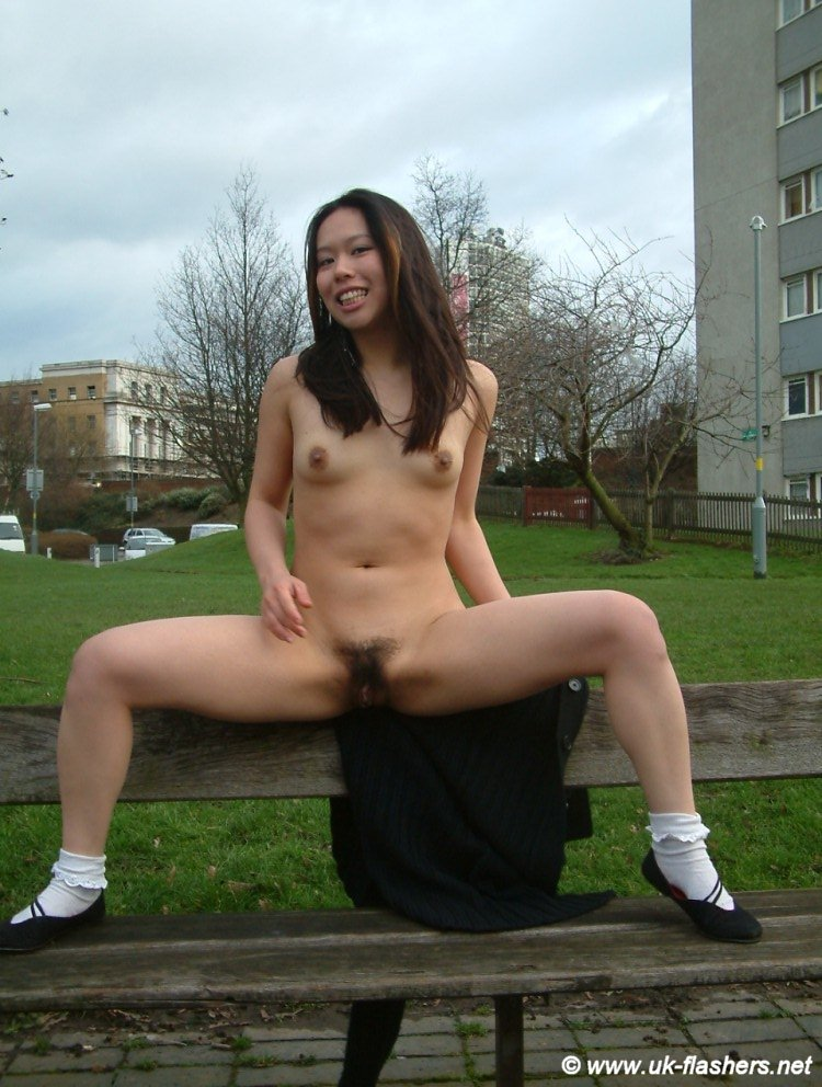 asian-nude-flash